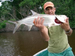 Fly fishing in Venezuela for tarpon at Rio Chio.