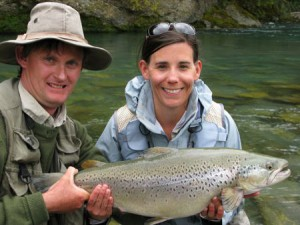 Fly fishing New Zealand;s South Island, sight fishing for browns in crystal clear New Zealand rivers with flyfishingheaven.com
