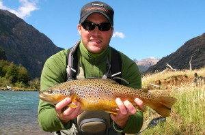 Paloma River Lodge - Fly FIshing for brown trout ifrom this small lodge in Southern Chile